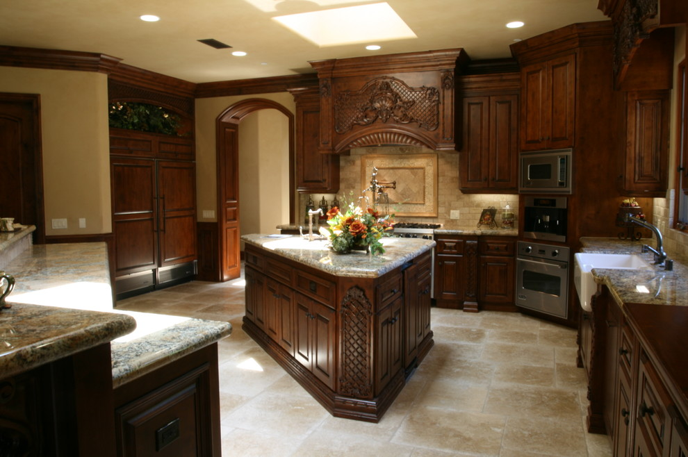 Kitchen, cabinet installation